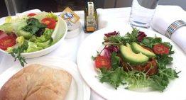 エミレーツ航空ビジネスクラスの旅でベジタリアン対応